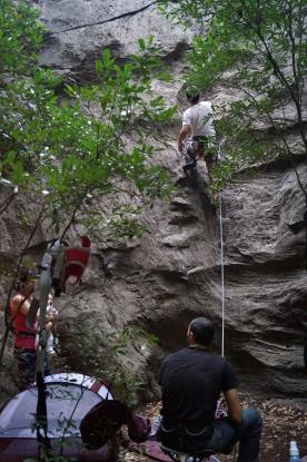 Setor Zen, Serra do Cipó. Família toda escalando junta. Foto: arquivo pessoal.